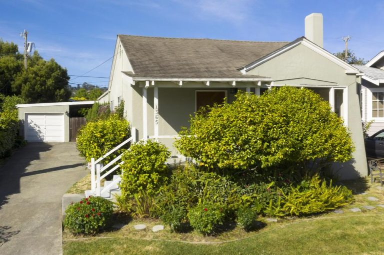 Home for sale in Burlingame